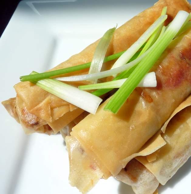 Tofu, Cashewnut and Ginger Spring Rolls